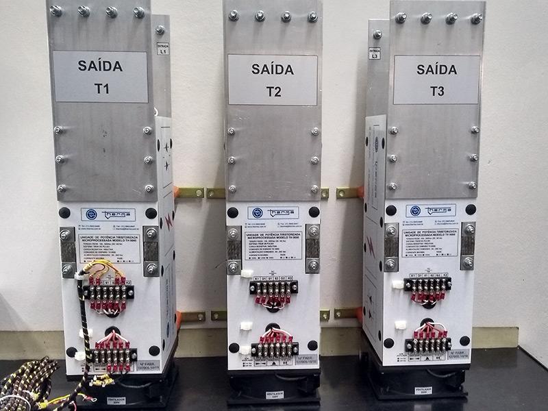 Controlador de Potência Microprocessado TH 8000 AM/TM